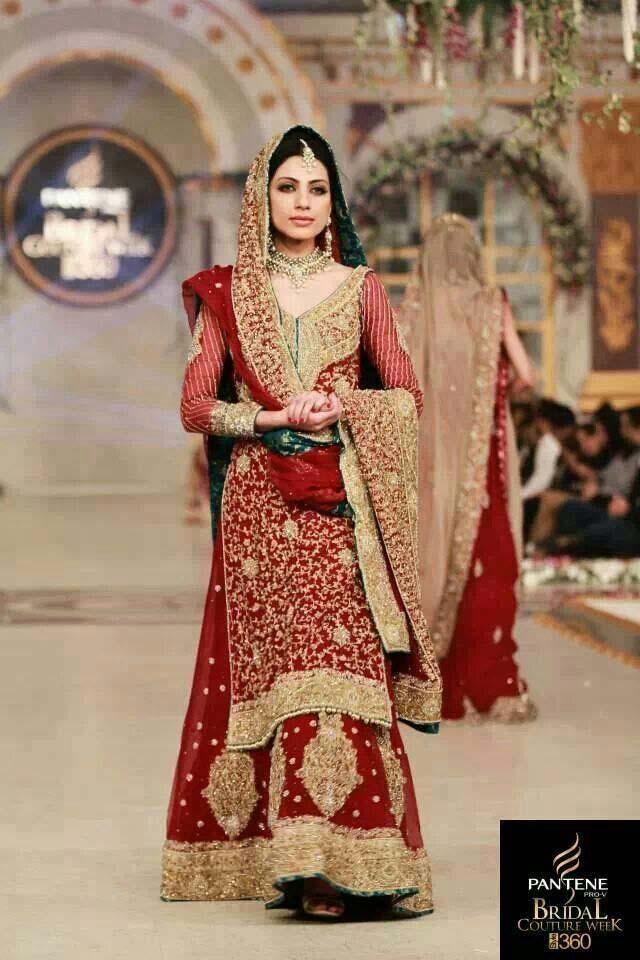Wedding Dresses Karachi : Pakistani bridal lehenga dresses designs collection