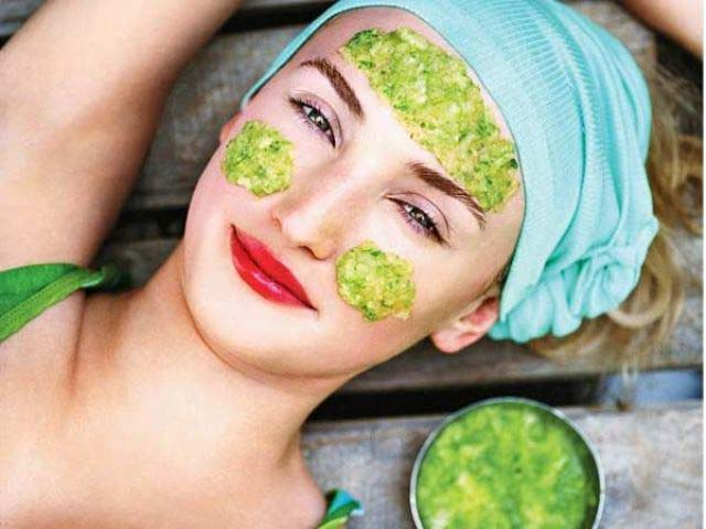 Best Natural Homemade Masks For All Types of Skin