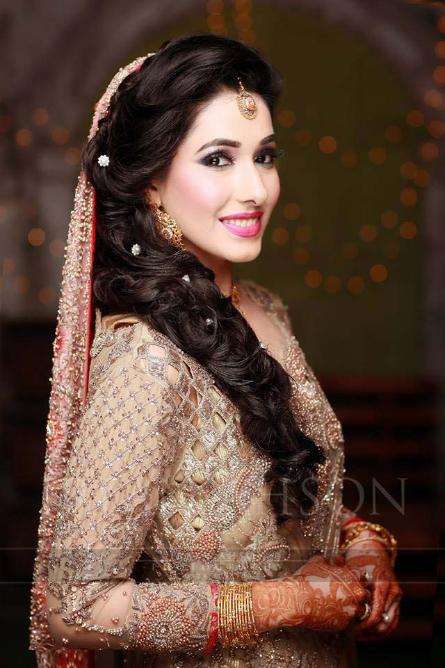 engagement dresses for Pakistani brides