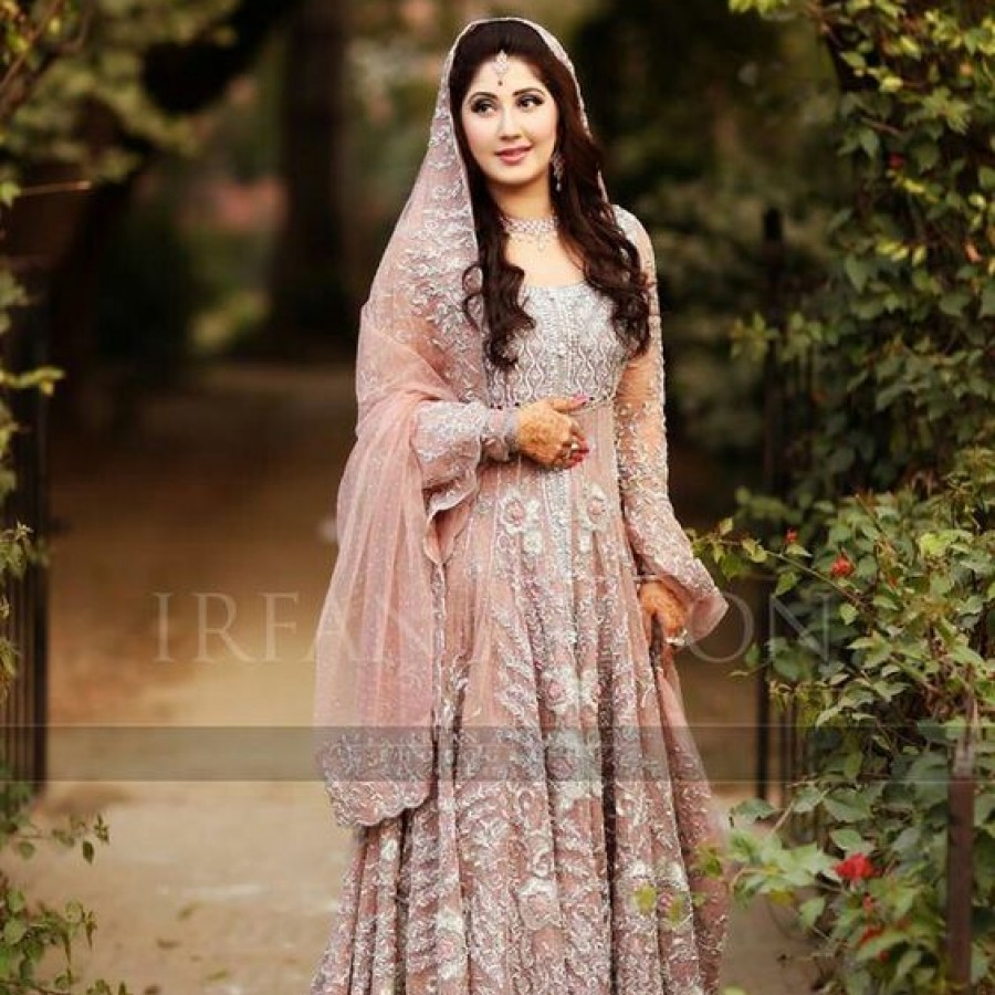 Latest Long Tail Wedding Maxis Dresses Collection 2016-2017 (13)