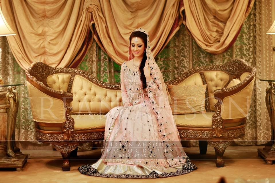 Latest Long Tail Wedding Maxis Dresses Collection 2016-2017 (19)
