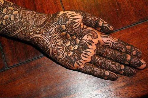 Latest Peacock Mehndi Designs For Girls 2016-2017 (13)