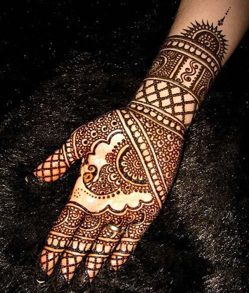 Latest Peacock Mehndi Designs For Girls 2016-2017 (33)