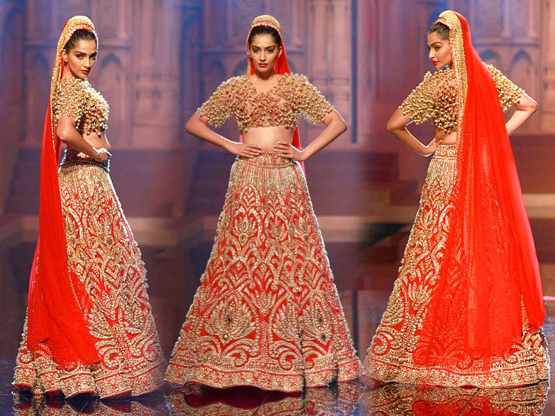 Indian bridal dresses by Manish Malhotra