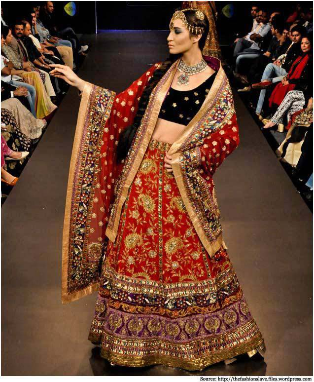 Latest Indian Designers Barat Dresses for Wedding Brides 2016-2017 (26)
