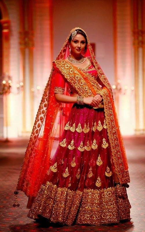 Latest Indian Designers Barat Dresses for Wedding Brides 2016-2017 (33)