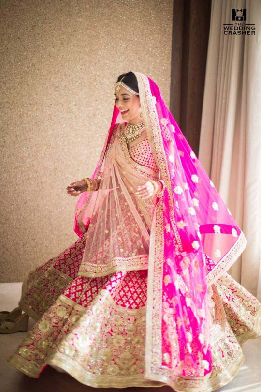 Latest Indian Designers Barat Dresses for Wedding Brides 2016-2017 (37)