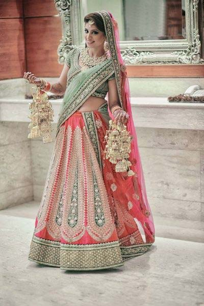 Latest Indian Designers Barat Dresses for Wedding Brides 2016-2017 (6)