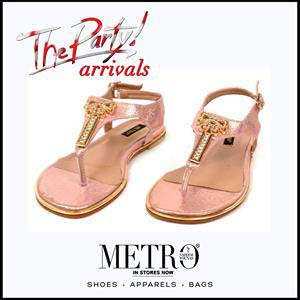 Metro Shoes Stylish Summer Footwear, Clutches and Bags Collection 2016-2017 (3)