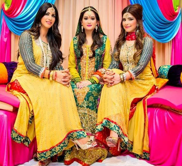 Beautiful Yellow Mehndi Dresses for Wedding Brides 2016-2017 (20)