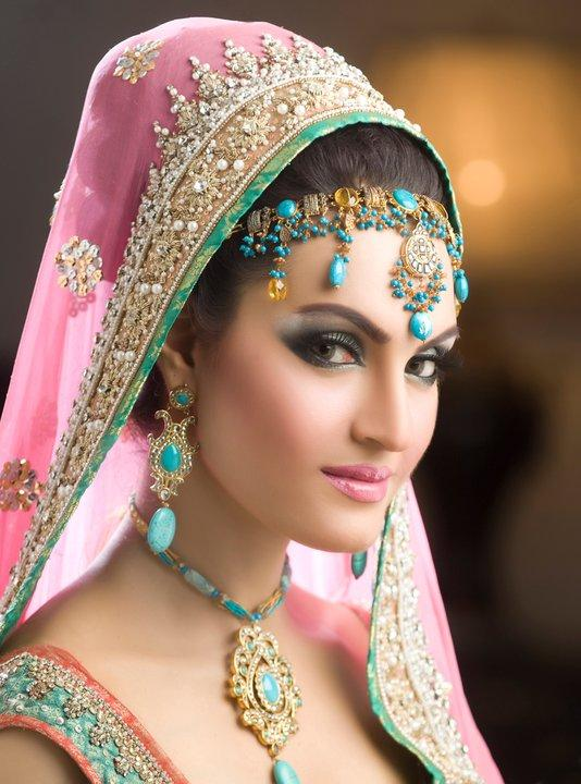 Bridal Makeup Step By Step Language : Best Pakistani Bridal Makeup Tips and Ideas Stylo Planet