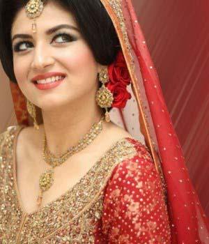Pakistani Best Bridal Makeup Tutorial- Step by Step (32)