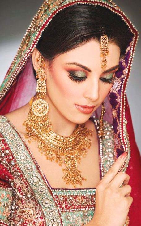 Pakistani Best Bridal Makeup Tutorial- Step by Step (5)