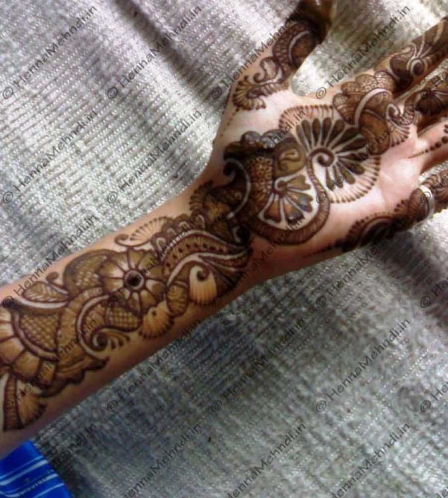 Shaded Mehndi Designs For Girls 2016-2107 (34)