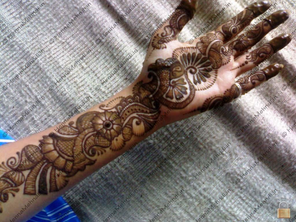 Latest Shaded Henna Mehndi : Latest shaded henna mehndi makedes