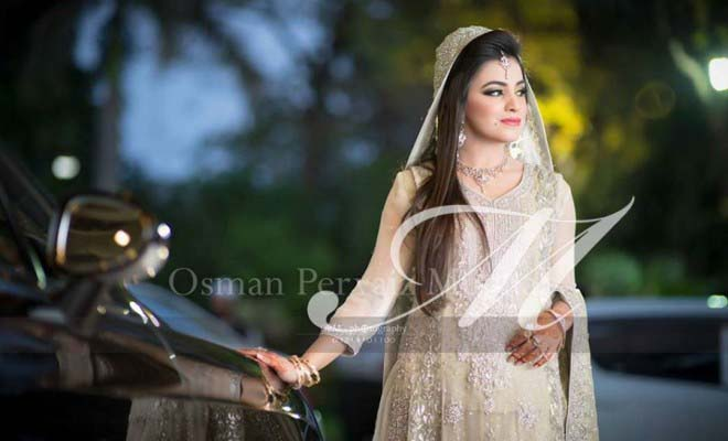 Stylish Walima Dresses For Wedding Pakistani Brides 2016-2017 (11)