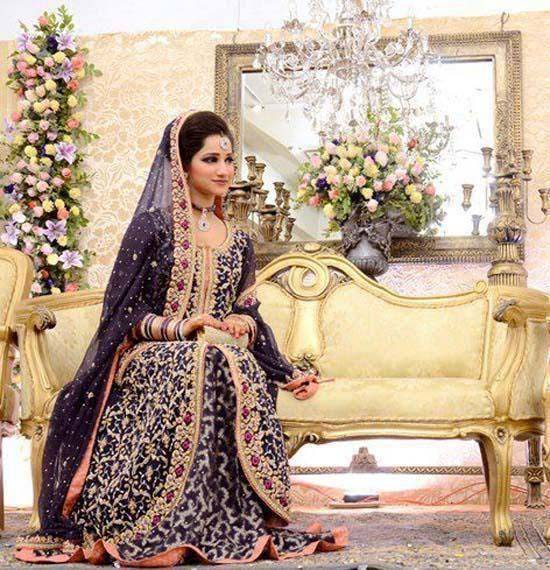 Stylish Walima Dresses For Wedding Pakistani Brides 2016-2017 (14)