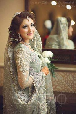 Stylish Walima Dresses For Wedding Pakistani Brides 2016-2017 (26)