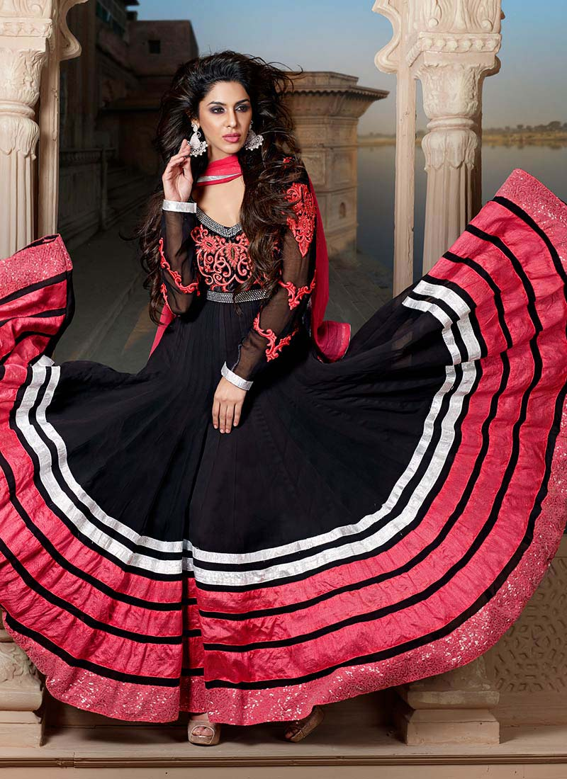Floor-Length-Anarkali-Suits-Designs-In-Black-2015-Collection
