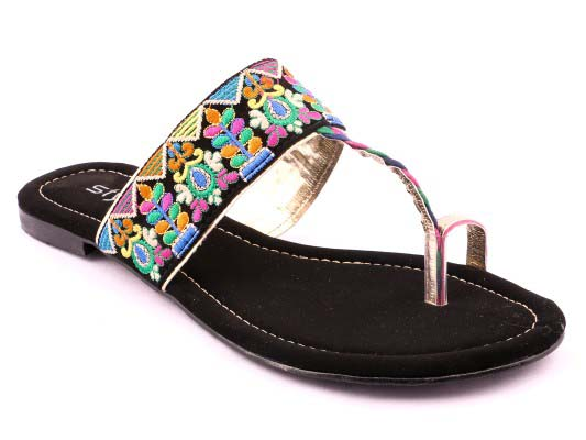 Stylo Shoes Stylish and Fancy Eid Collection for Girls 2016-2017 (16)
