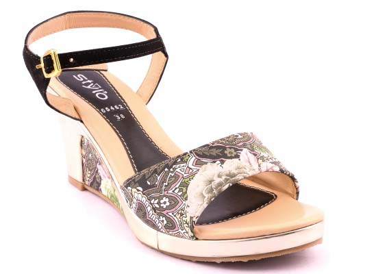 Stylo Shoes Stylish and Fancy Eid Collection for Girls 2016-2017 (4)