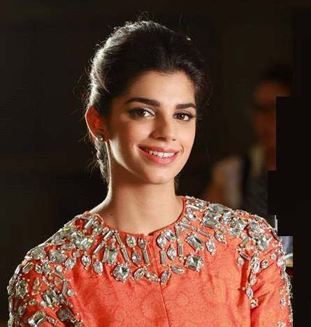 Sanam Saeed Nude Photos 4