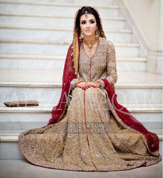 Beautiful Bridal Barat Dresses Designs Collection 2016-2017 for Wedding Brides (2)