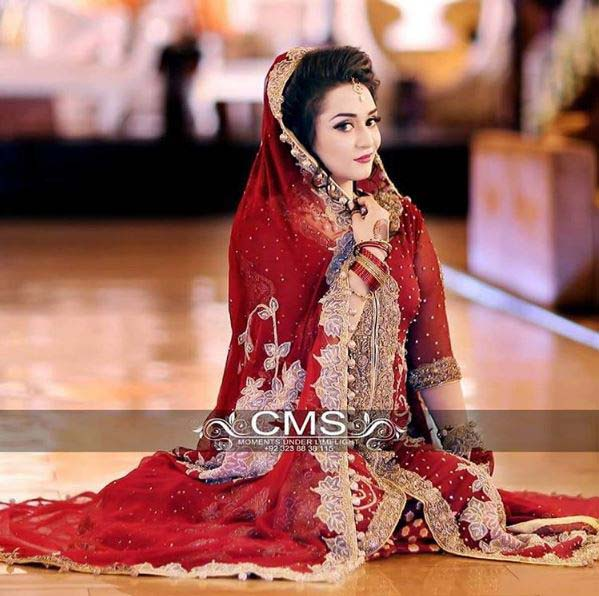 Beautiful Bridal Barat Dresses Designs Collection 2016-2017 for Wedding Brides (5)