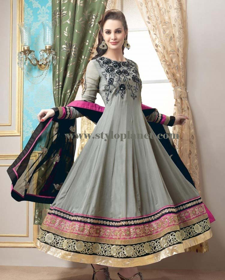 latest-fashion-of-pakistani-and-indian-frocks-2016-2017-designs-19