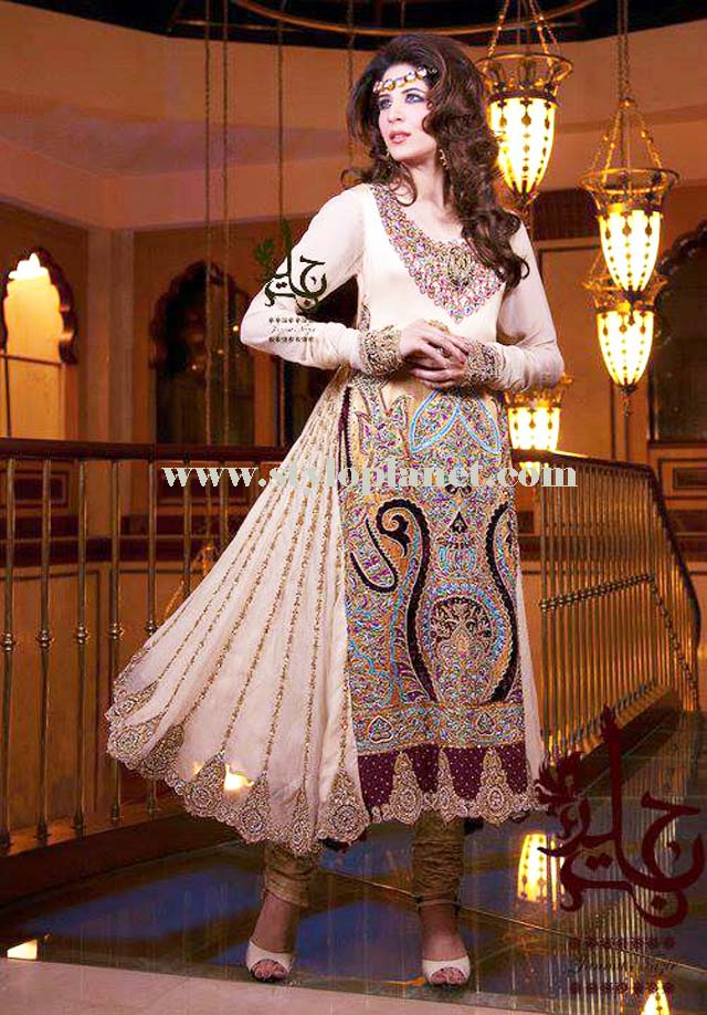 latest-fashion-of-pakistani-and-indian-frocks-2016-2017-designs-25