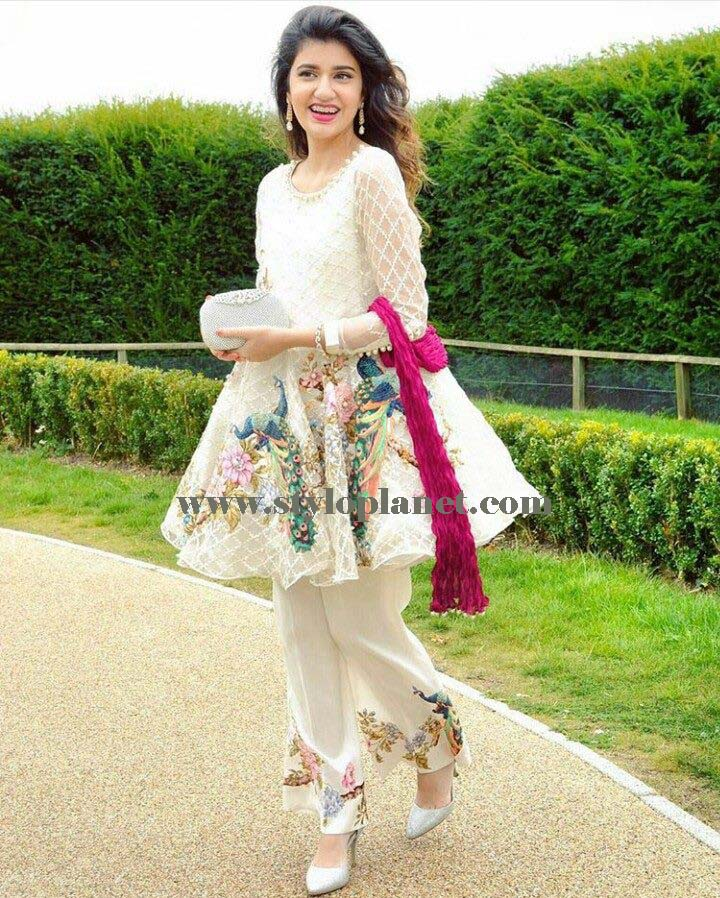 latest-fashion-of-pakistani-and-indian-frocks-2016-2017-designs-28