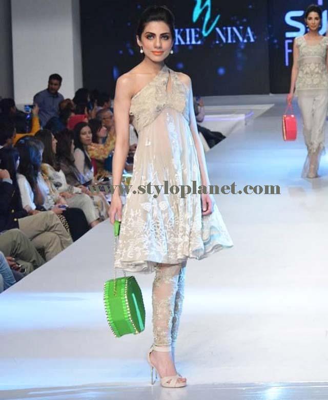 latest-fashion-of-pakistani-and-indian-frocks-2016-2017-designs-6
