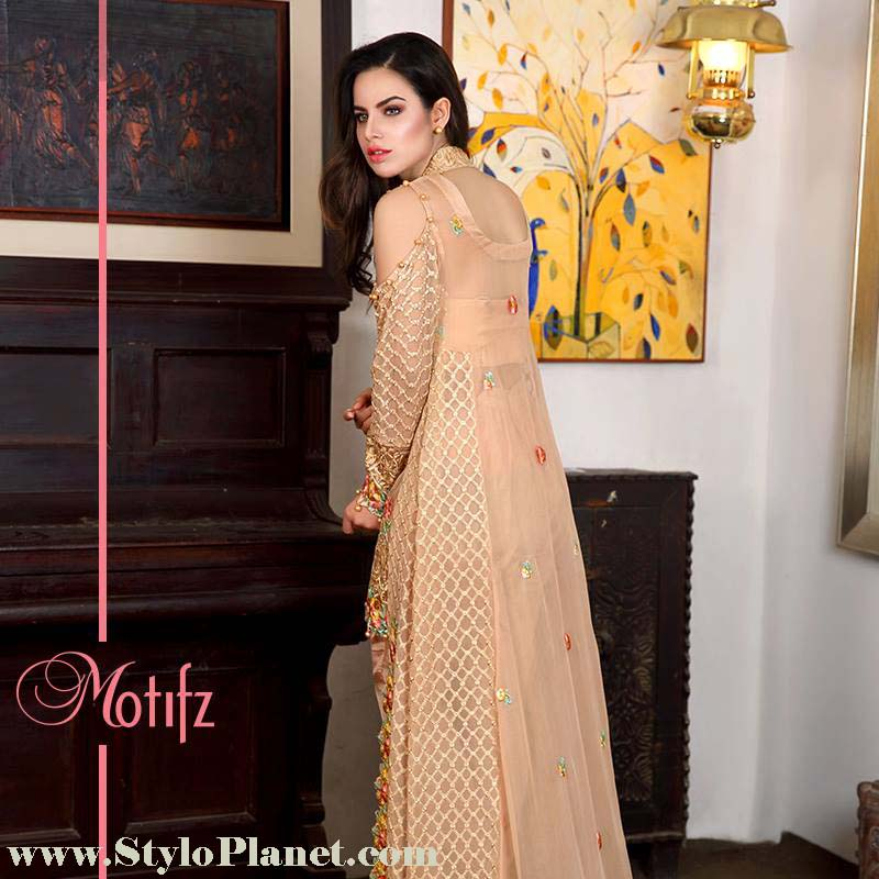 Motifz Premium Embroidered Luxury Lawn Collection 2016-2017 (13)
