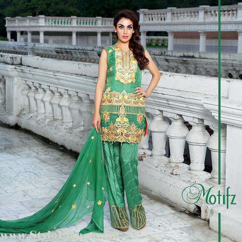 Motifz Premium Embroidered Luxury Lawn Collection 2016-2017 (7)