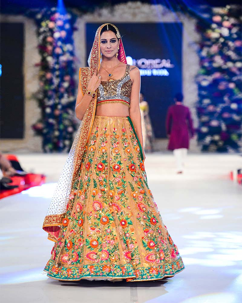nomi-ansari-wedding-bridal-dresses-collection-2016