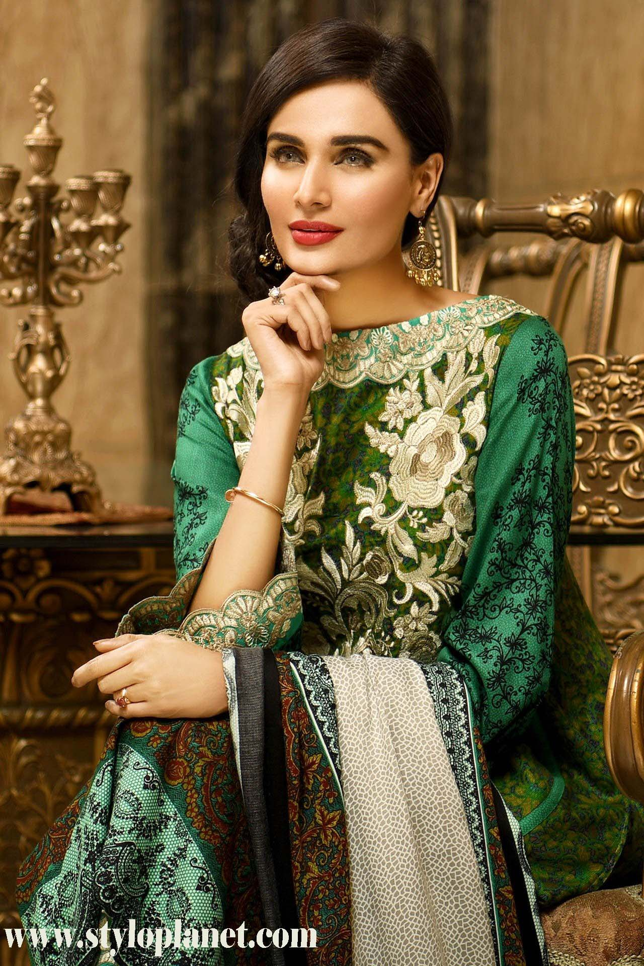 house-of-ittehad-royal-embroidered-winter-dresses-2016-17-for-women-7