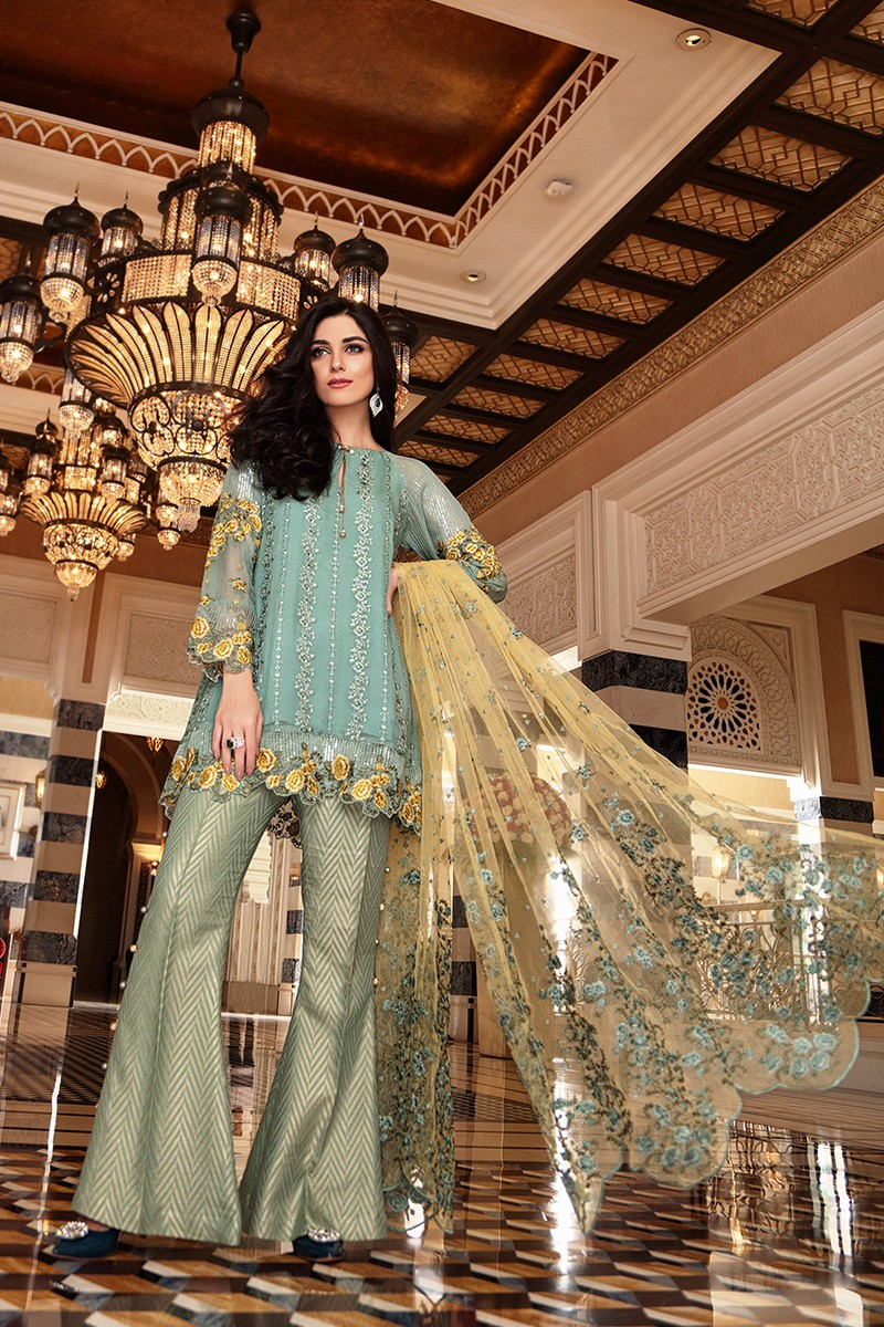 stylish-pakistani-designers-dresses-with-bell-bottom-pantstrousers-2017-5