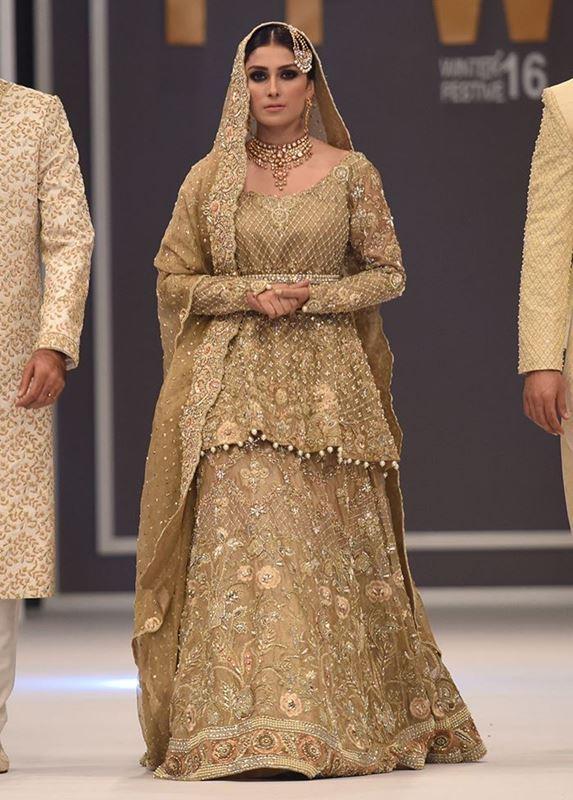 Famous pakistani designers bridal dresses top 10 stylo for Top 5 wedding dress designers