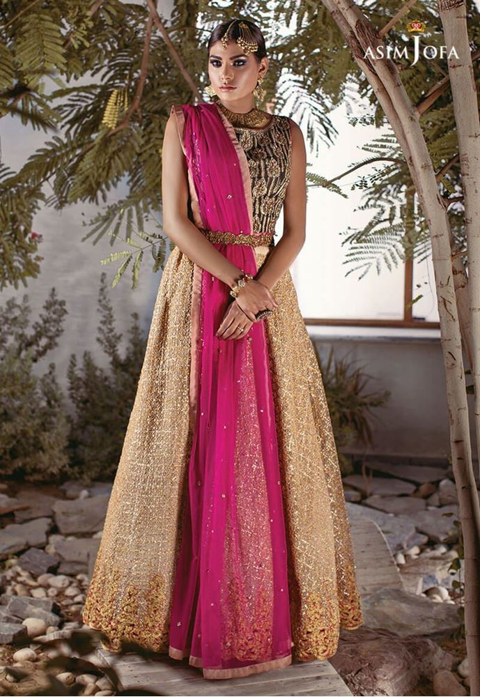 Famous pakistani designers bridal dresses top 10 stylo for Top designers for wedding dresses
