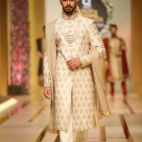 Ahsan's Menswear- QMOBILE HUM TV BRIDAL COUTURE WEEK (QHBCW) 2017 DAY 3 (4)