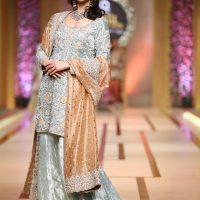 Annus Abrar-QMOBILE HUM TV BRIDAL COUTURE WEEK (QHBCW) 2017 DAY 3 (13)