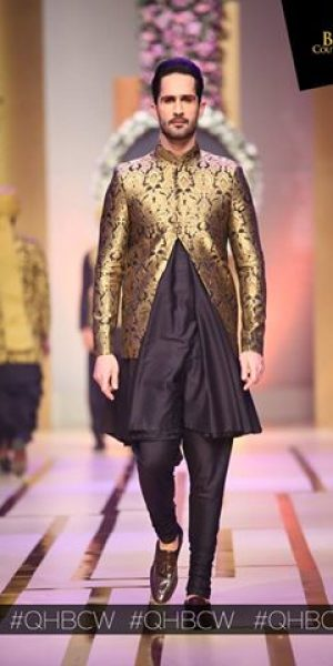 Emraan rajput- QMOBILE HUM TV BRIDAL COUTURE WEEK (QHBCW) 2017 DAY 3 (6)