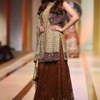 UMSHA BY UZMA BABAR- QMOBILE HUM BRIDAL COUTURE WEEK (QHBCW) 2017 DAY 2 (2)