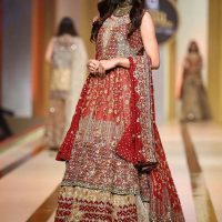UMSHA BY UZMA BABAR- QMOBILE HUM BRIDAL COUTURE WEEK (QHBCW) 2017 DAY 2 (7)