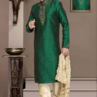 Latest Men Mehndi Dresses Shalwar Kameez and Kurta Designs 2017-2018 (4)
