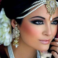 Latest Best Arabic Bridal Makeup Tips & Ideas With Complete Guideline (2)
