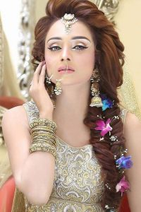 Latet Pakistani Bridals Hairstyle Ideas & Jwelery Designs 2018-2019 (2)