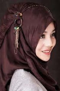 Top 10 Best Hijab Styles and Ideas for University Going Girls 2018