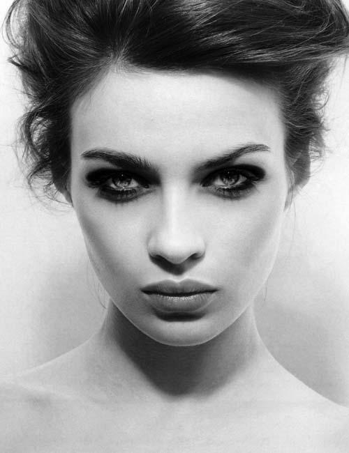 Black Smokey Eyes Makeup Step By Step- Tutorial (20)