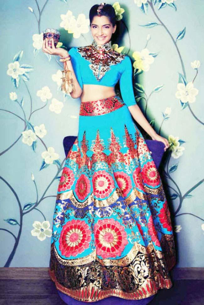 sonam kapoor lehenga wear 2016
